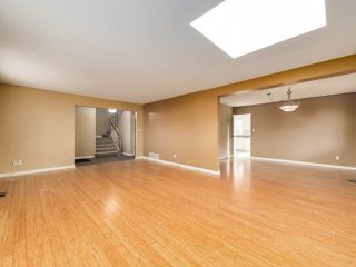 Photo 5: 6560 IMPERIAL Street in Burnaby: Highgate Duplex for sale (Burnaby South)  : MLS®# R2519275
