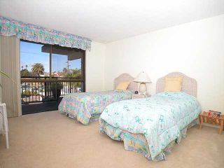 Photo 4: PACIFIC BEACH Home for sale or rent : 2 bedrooms : 3916 RIVIERA #406 in San Diego