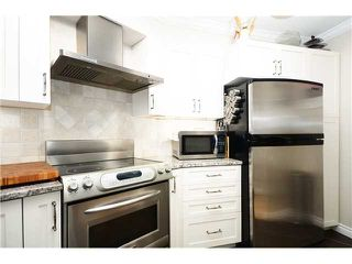 "Photo 3: 2 1238 CARDERO Street in Vancouver: West End VW Condo for sale in ""Cardero Court"" (Vancouver West)  : MLS®# V1027808"