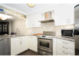 "Photo 2: 2 1238 CARDERO Street in Vancouver: West End VW Condo for sale in ""Cardero Court"" (Vancouver West)  : MLS®# V1027808"