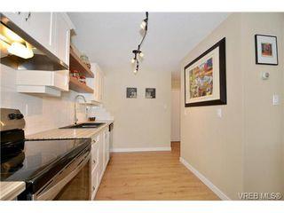 Photo 5: 204 1325 Harrison Street in VICTORIA: Vi Downtown Condo Apartment for sale (Victoria)  : MLS®# 340553