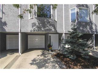 Photo 1: 1419 10 Street SW in CALGARY: Connaught Townhouse for sale (Calgary)  : MLS®# C3630145