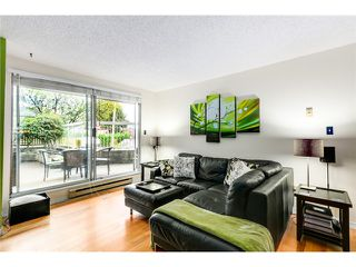 Photo 3: # 316 65 FIRST ST in New Westminster: Downtown NW Condo for sale : MLS®# V1086295