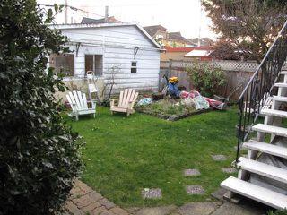 Photo 2: 1912 WHYTE AV in Vancouver: Kitsilano House for sale (Vancouver West)  : MLS®# V935652