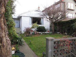 Photo 1: 1912 WHYTE AV in Vancouver: Kitsilano House for sale (Vancouver West)  : MLS®# V935652