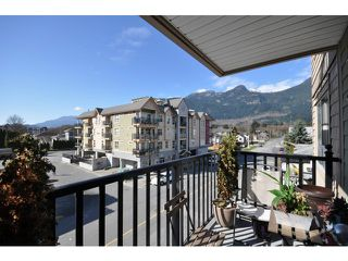 Photo 15: # 204 38003 SECOND AV in Squamish: Downtown SQ Condo for sale : MLS®# V1108980