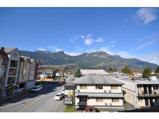 Photo 16: # 204 38003 SECOND AV in Squamish: Downtown SQ Condo for sale : MLS®# V1108980
