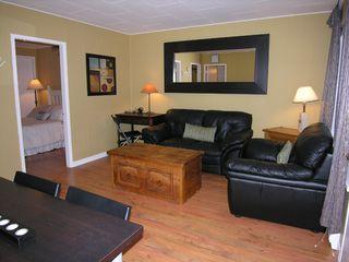 Photo 1: 40257 Government Road in Squamish: Garibaldi Estates House for sale : MLS®# R2002685