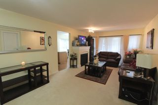 Photo 2: 209 2968 SILVER SPRINGS BOULEVARD in Coquitlam: Westwood Plateau Condo for sale : MLS®# R2042889