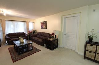 Photo 3: 209 2968 SILVER SPRINGS BOULEVARD in Coquitlam: Westwood Plateau Condo for sale : MLS®# R2042889
