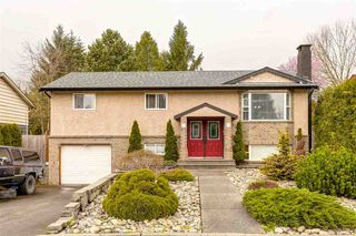 Photo 1: 21027 COOK AVENUE in Maple Ridge: Southwest Maple Ridge House for sale : MLS®# R2050917