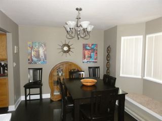 Photo 7: 304 22222 119 AVENUE in Maple Ridge: West Central Condo  : MLS®# R2103255