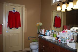 Photo 9: 32 841 156 Street in Edmonton: Zone 14 House Half Duplex for sale : MLS®# E4179444