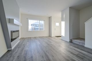 Photo 3: 5715 Hawthorn Common SW in Edmonton: Zone 53 House Half Duplex for sale : MLS®# E4179819