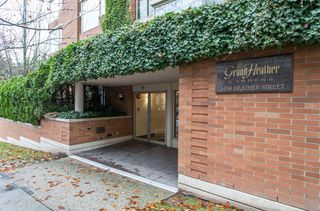 "Main Photo: PH6 2438 HEATHER Street in Vancouver: Fairview VW Condo for sale in ""GRAND HEATHER GARDENS"" (Vancouver West)  : MLS®# R2419894"