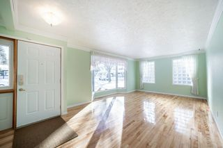 Photo 3: 41 SPRUCE Crescent: St. Albert House for sale : MLS®# E4188627