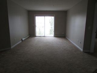 Photo 4: 240 Spruce Ridge Road in Edmonton: Condo for rent