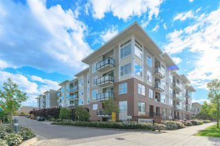 "Photo 18: 228 15956 86A Avenue in Surrey: Fleetwood Tynehead Condo for sale in ""Ascend"" : MLS®# R2453450"