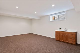 Photo 38: 12485 CRESTMONT Boulevard SW in Calgary: Crestmont Detached for sale : MLS®# C4285011
