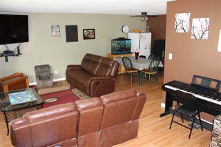 Photo 2: 5309 38 Avenue: Wetaskiwin House Half Duplex for sale : MLS®# E4201413