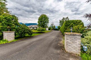 Photo 4: 41205 NO.4 Road in Abbotsford: Sumas Prairie House for sale : MLS®# R2467603