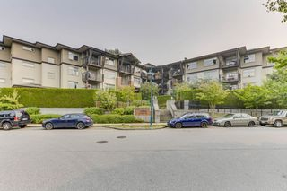Photo 20: 309 400 KLAHANIE Drive in Port Moody: Port Moody Centre Condo for sale : MLS®# R2499147