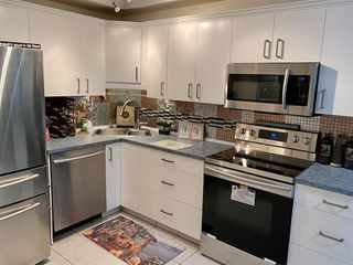 Photo 3: 3616 28 Avenue SE in Calgary: Dover Row/Townhouse for sale : MLS®# A1041127