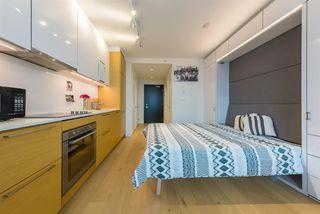Photo 4: 1505 13438 CENTRAL Avenue in Surrey: Whalley Condo for sale (North Surrey)  : MLS®# R2510071