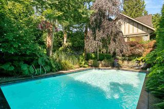 Photo 2: 6305 MCCLEERY Street in Vancouver: Kerrisdale House for sale (Vancouver West)  : MLS®# R2515177