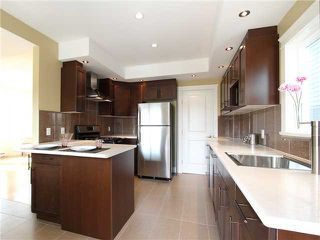 Photo 2: 4062 BEATRICE Street in Vancouver: Victoria VE House for sale (Vancouver East)  : MLS®# V941379