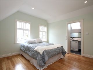 Photo 5: 4062 BEATRICE Street in Vancouver: Victoria VE House for sale (Vancouver East)  : MLS®# V941379