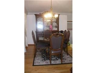 Photo 5: 327 EGESZ ST in Winnipeg: Residential for sale (Canada)  : MLS®# 1103905