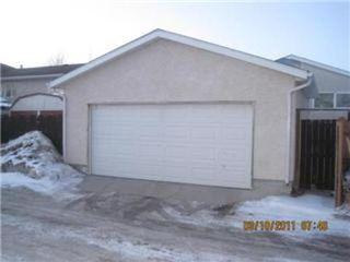 Photo 19: 327 EGESZ ST in Winnipeg: Residential for sale (Canada)  : MLS®# 1103905