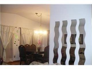 Photo 4: 327 EGESZ ST in Winnipeg: Residential for sale (Canada)  : MLS®# 1103905