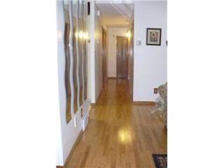 Photo 9: 327 EGESZ ST in Winnipeg: Residential for sale (Canada)  : MLS®# 1103905