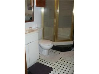 Photo 18: 327 EGESZ ST in Winnipeg: Residential for sale (Canada)  : MLS®# 1103905