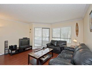 Photo 2: 106 1750 AUGUSTA Avenue in Burnaby: Simon Fraser Univer. Condo for sale (Burnaby North)  : MLS®# V943963
