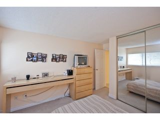 Photo 6: 106 1750 AUGUSTA Avenue in Burnaby: Simon Fraser Univer. Condo for sale (Burnaby North)  : MLS®# V943963