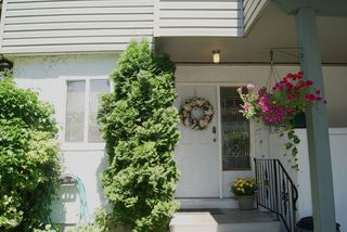 """Photo 13: 30 2830 W BOURQUIN Crescent in Abbotsford: Central Abbotsford Townhouse for sale in """"ABBOTSFORD COURT"""" : MLS®# F1217465"""