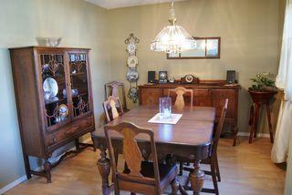 """Photo 5: 30 2830 W BOURQUIN Crescent in Abbotsford: Central Abbotsford Townhouse for sale in """"ABBOTSFORD COURT"""" : MLS®# F1217465"""