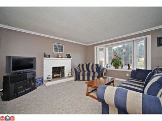 """Photo 2: 27123 34A Avenue in Langley: Aldergrove Langley House for sale in """"UPPER PARKSIDE"""" : MLS®# F1220963"""