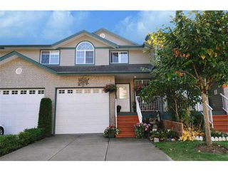 "Photo 1: 23 11358 COTTONWOOD Drive in Maple Ridge: Cottonwood MR Townhouse for sale in ""CARRIAGE LANE"" : MLS®# V976270"