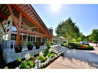 "Photo 12: 302 300 KLAHANIE Drive in Port Moody: Port Moody Centre Condo for sale in ""Tides"" : MLS®# V1017878"