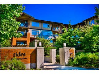 "Photo 1: 302 300 KLAHANIE Drive in Port Moody: Port Moody Centre Condo for sale in ""Tides"" : MLS®# V1017878"