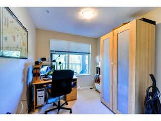 "Photo 6: 302 300 KLAHANIE Drive in Port Moody: Port Moody Centre Condo for sale in ""Tides"" : MLS®# V1017878"