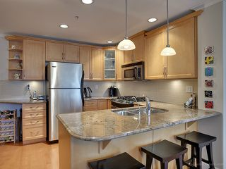Photo 3: # 203 2103 W 45TH AV in Vancouver: Kerrisdale Condo for sale (Vancouver West)  : MLS®# V1019282