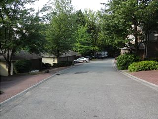 "Photo 12: 8840 FINCH Court in Burnaby: Forest Hills BN Townhouse for sale in ""PRIMROSE HILL"" (Burnaby North)  : MLS®# V1075894"