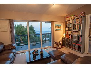 Photo 3: 561 KILDONAN Road in West Vancouver: Glenmore House for sale : MLS®# V1078536