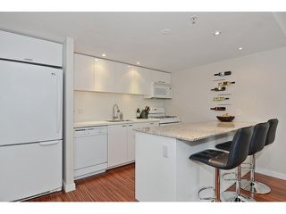 Photo 4: 2727 PRINCE EDWARD ST in Vancouver: Mount Pleasant VE Condo for sale (Vancouver East)  : MLS®# V1122910