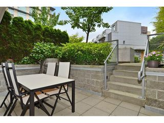 Photo 11: 2727 PRINCE EDWARD ST in Vancouver: Mount Pleasant VE Condo for sale (Vancouver East)  : MLS®# V1122910